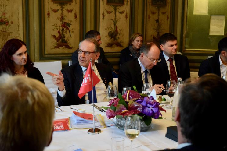 Ambassador Jan Eliasson, Chair of the SIPRI Governing Board making an intervention during the SIPRI roundtable discussion