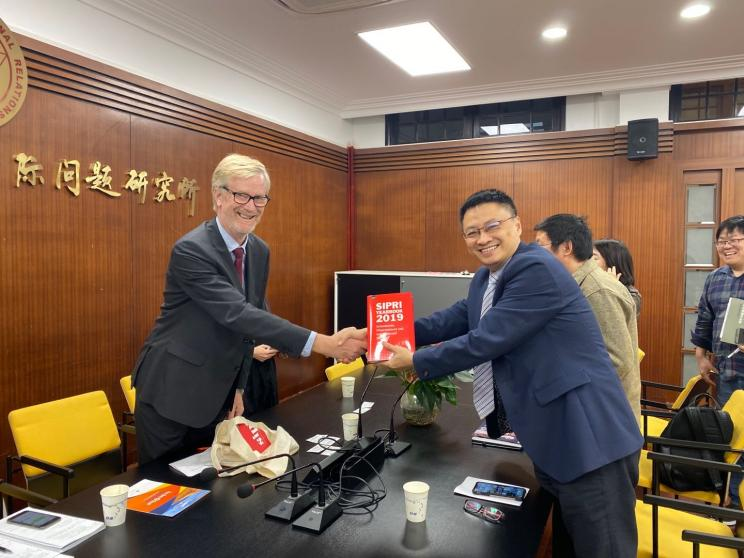 SIPRI Director Dan Smith and Dr. WANG Jian, Director for Institute of International Relations at Shanghai Academy of Social Sciences