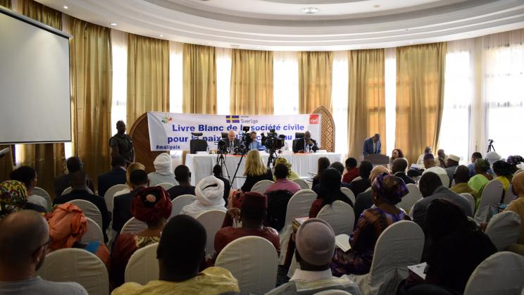 SIPRI, CONASCIPAL and Malian civil society launch first White Book for Peace in Mali
