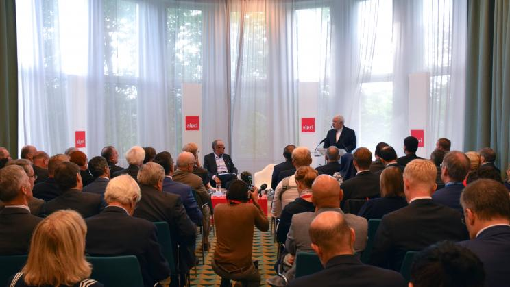 SIPRI hosts Minister of Foreign Affairs of the Islamic Republic of Iran