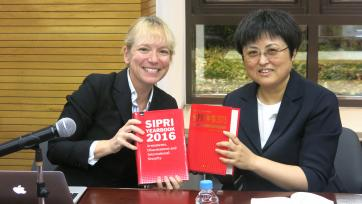 SIPRI's Lora Saalman presents SIPRI Yeabrook at the Shanghai Institute for International Studies