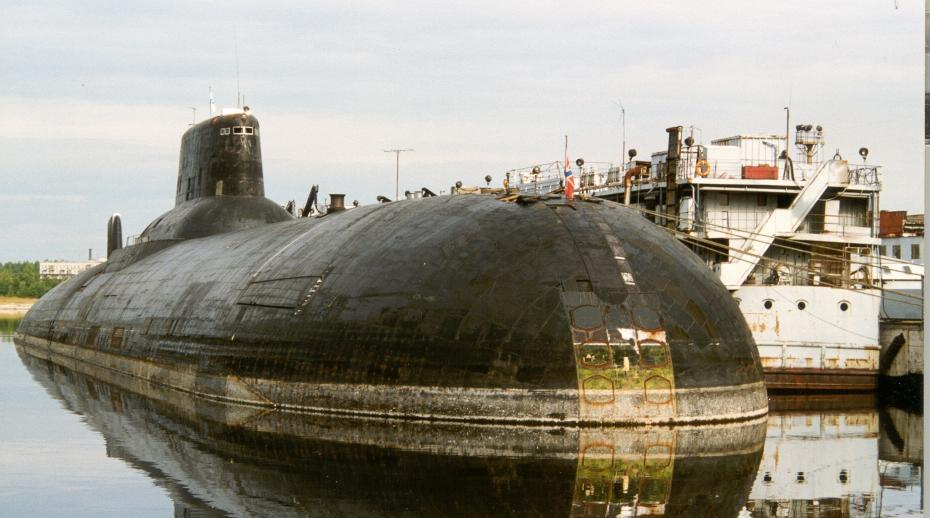 A Russian submarine sits at SEVMASH Yard prior to dismantlement under the Cooperative Threat Reduction programme implemented by the US Defense Threat Reduction Agency (DTRA). Photo: DTRA