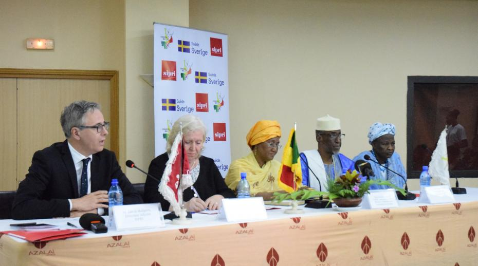 SIPRI and CONASCIPAL engage in third National Forum on security perceptions in Mali
