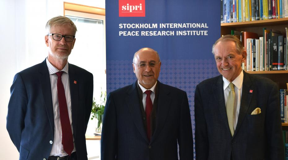 SIPRI hosts former minister of foreign affairs of the State of Kuwait